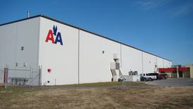 AA pilots approve contract with airline