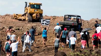 Judge orders shutdown of Dakota Access Pipeline pending review